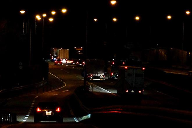 深夜の高速.jpg